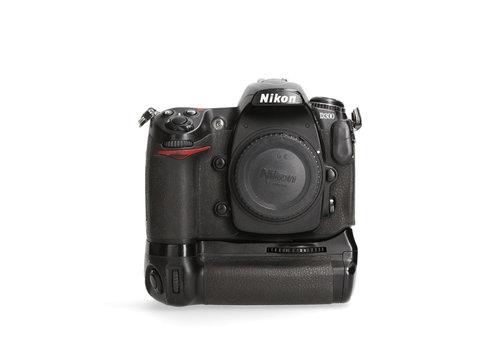 Nikon D300 met battery grip- 67.346 kliks