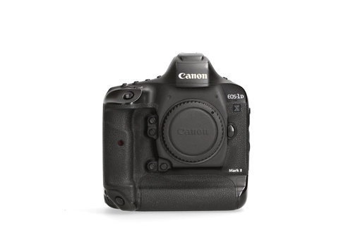 Canon 1Dx mark II- 563.278 kliks