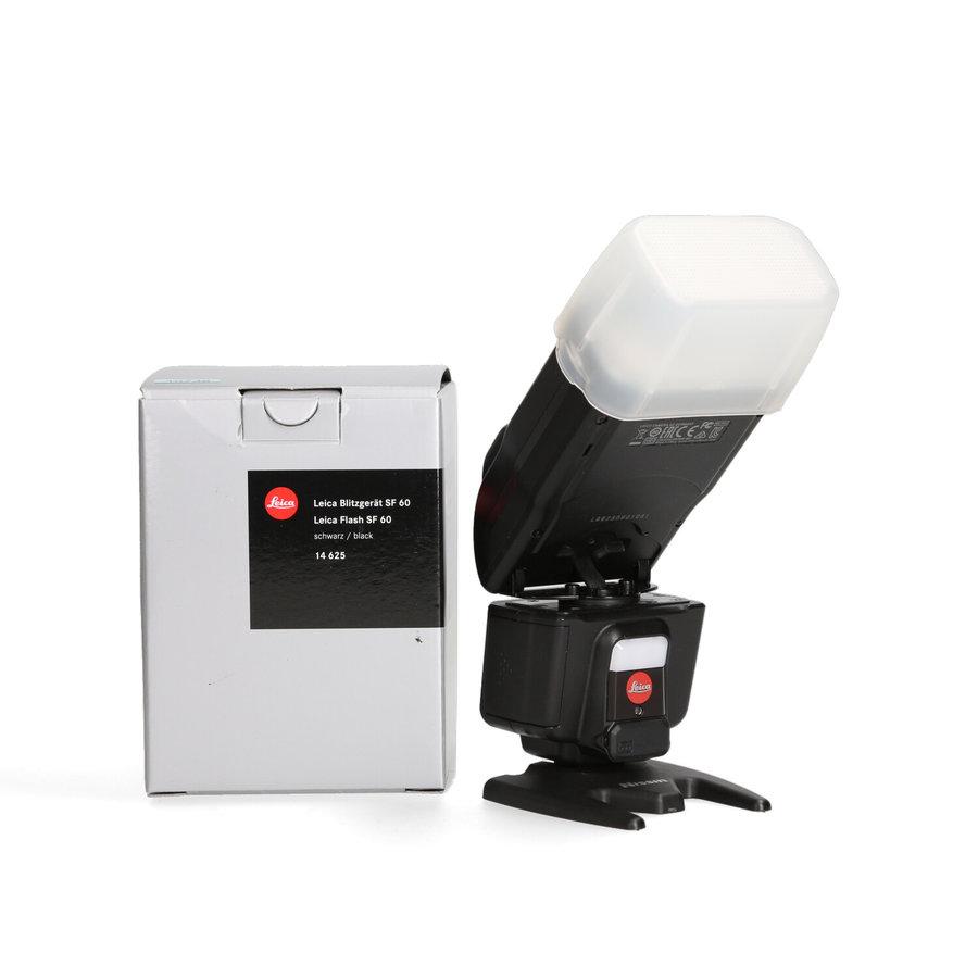 Leica F60 flash