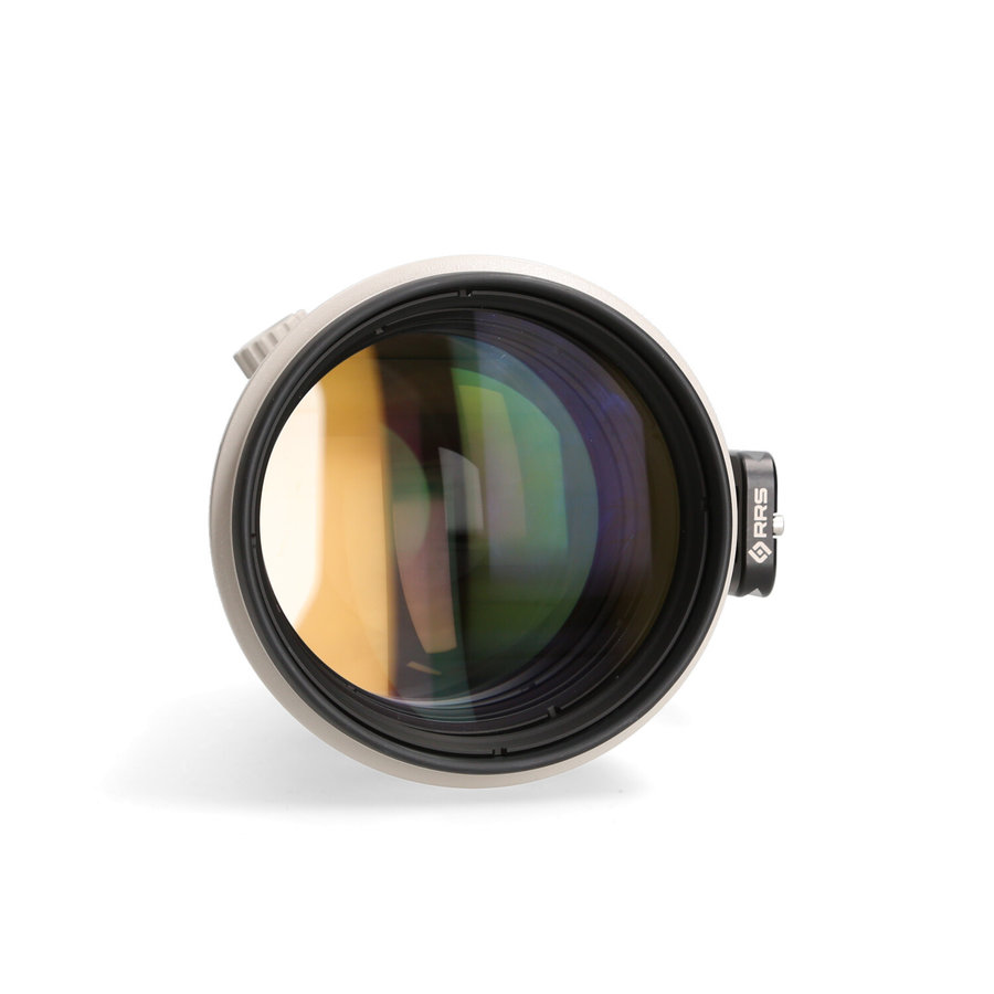 Canon 200mm 2.0 L EF IS USM