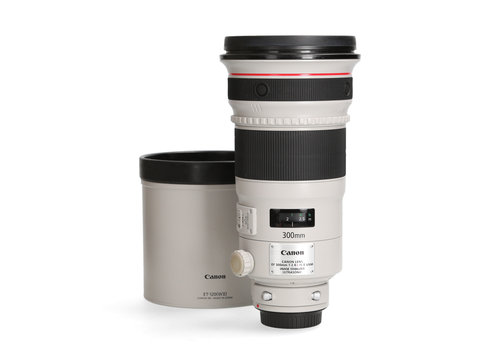 Canon 300mm 2.8 L  IS II USM - Gereserveerd