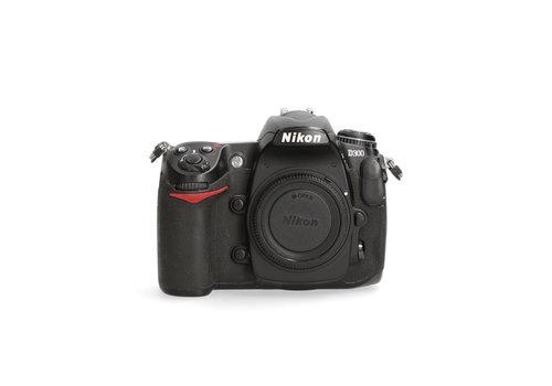 Nikon D300 - 76465 kliks