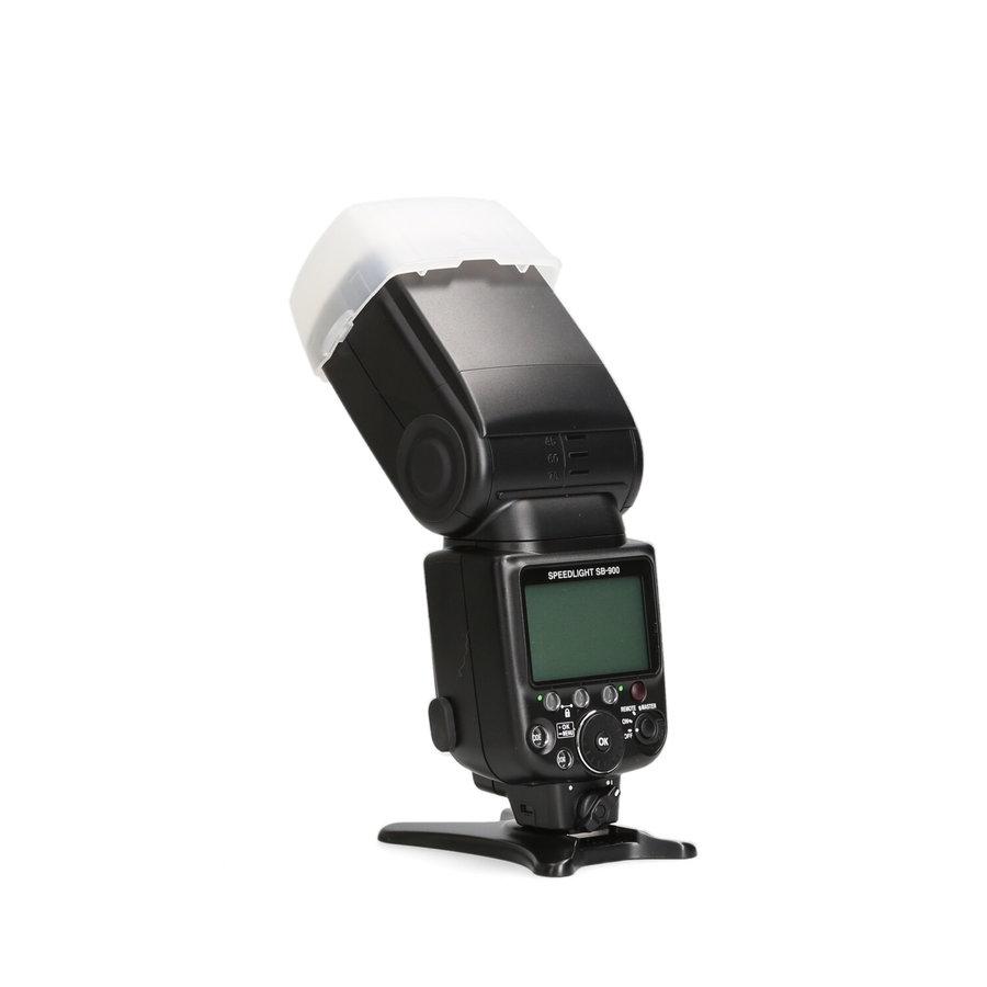 Nikon SB-900 Speedlite