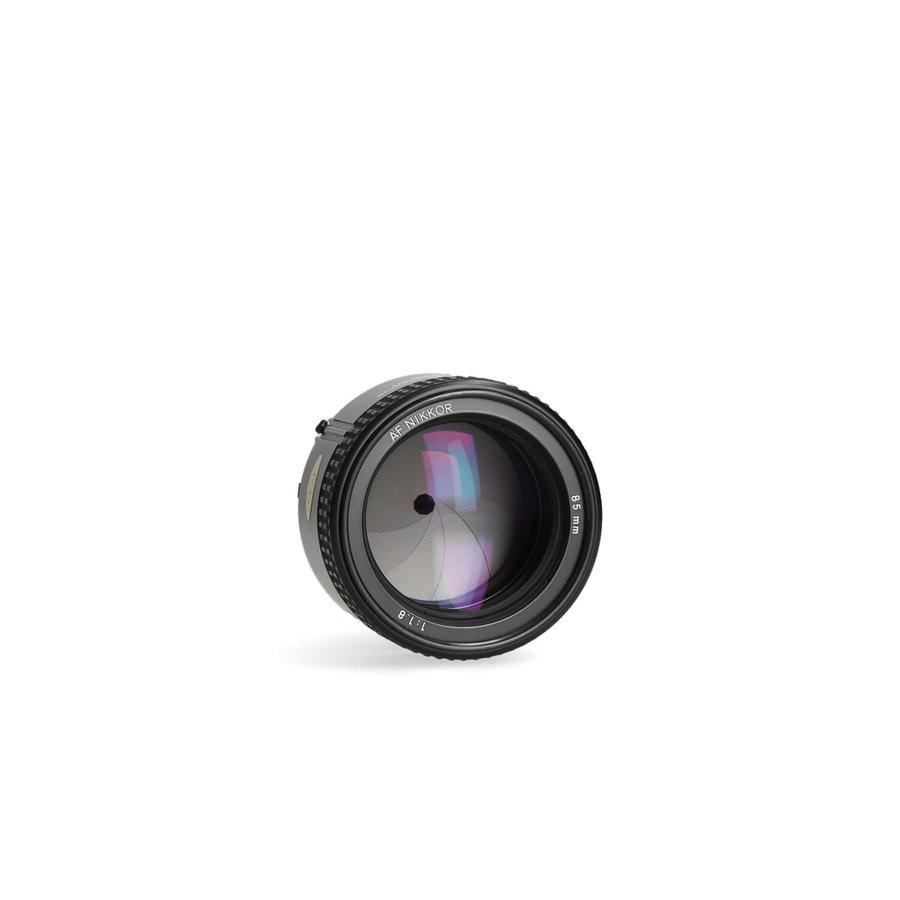 Nikon AF 85mm 1.8
