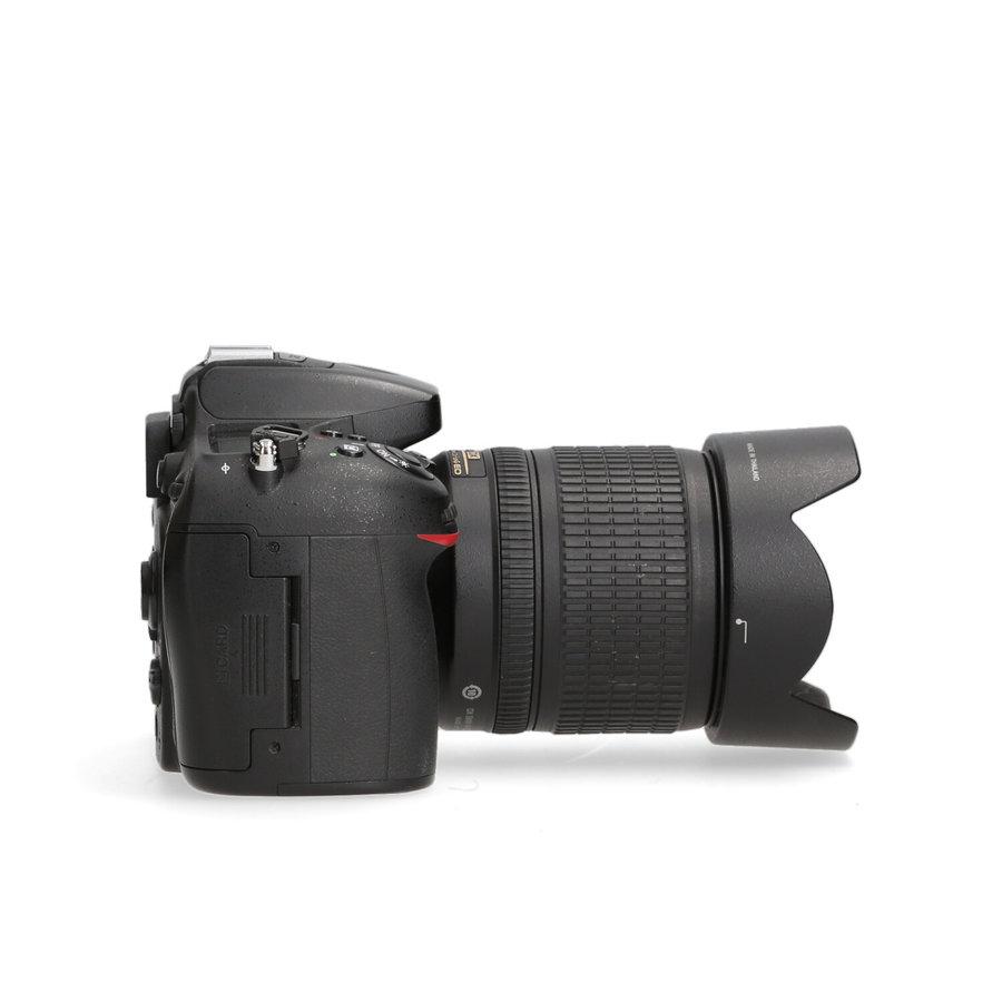 Nikon D7100 + 18-105mm - 12.320 kliks