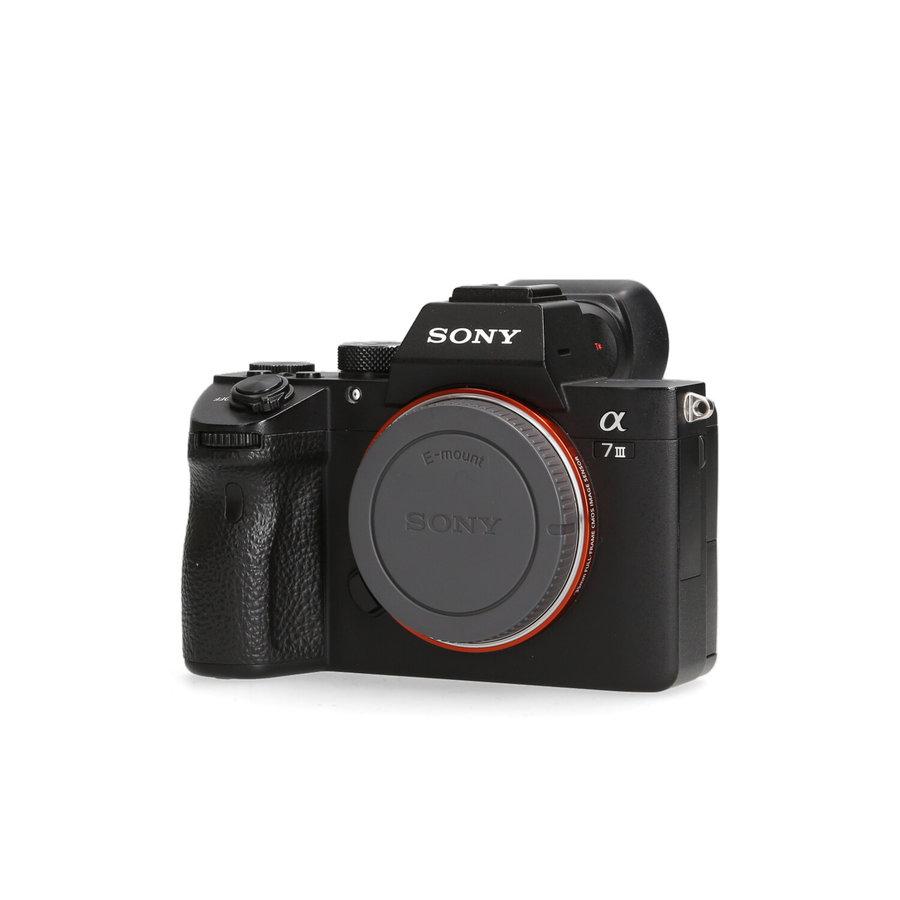 Sony A7 III - 47.155 kliks