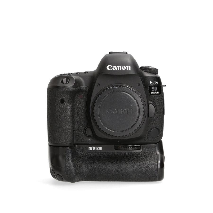 Canon 5D mark IV + Grip