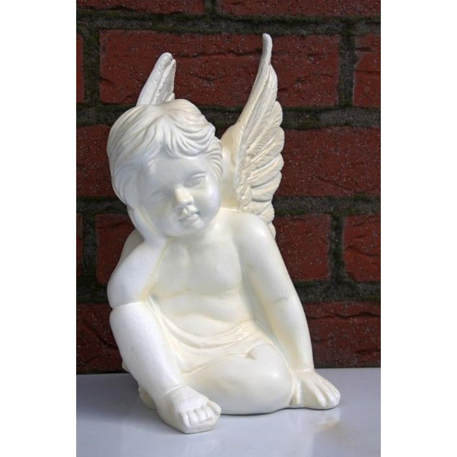 Engel zittend-1