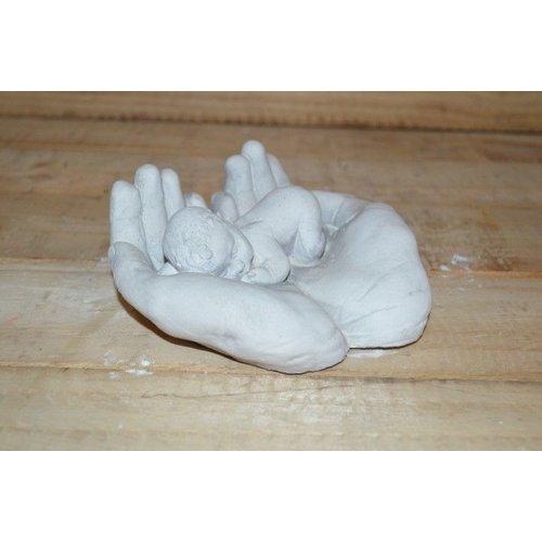 Baby in handen