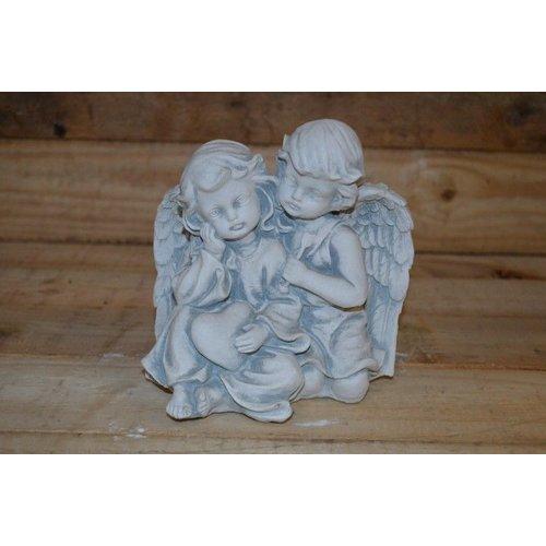 Twee kinder engelen