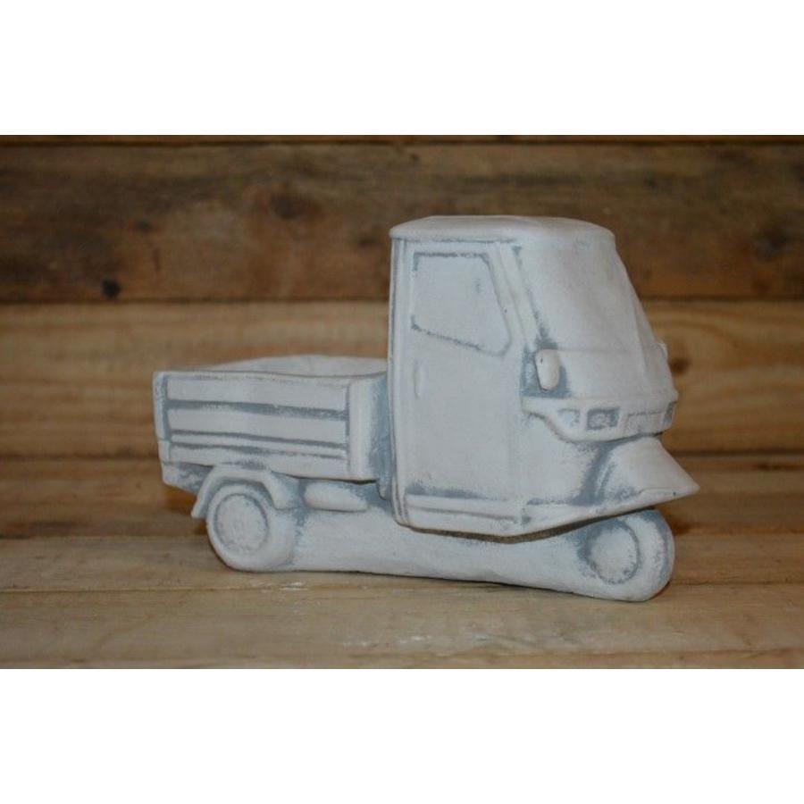 Tuktuk van beton.-2