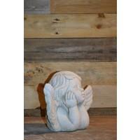 thumb-Engel met hoofd in de handen-2