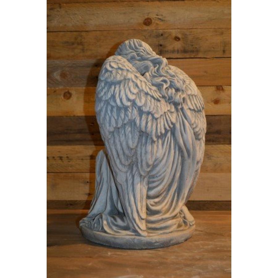 Engel in denkhouding-3