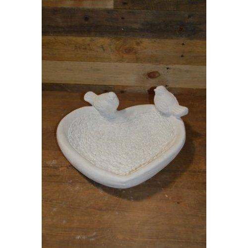 Waterbak in een hart vorm met 2 vogeltjes