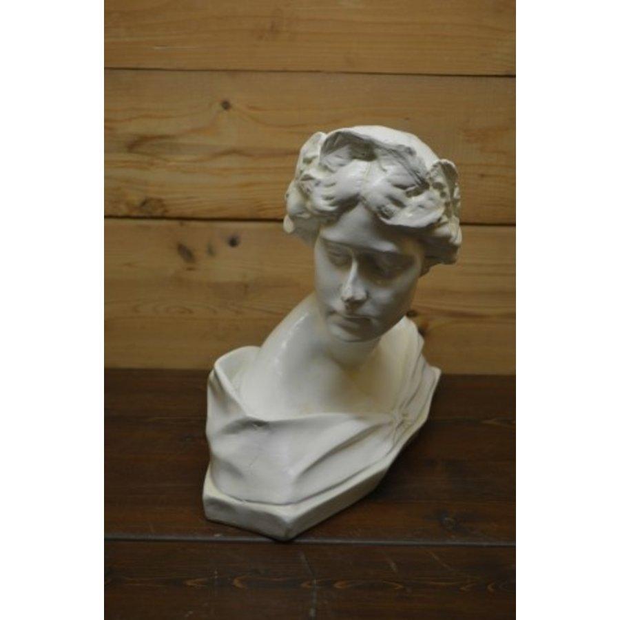 Romeinse of Griekse vrouw buste borstbeeld-2