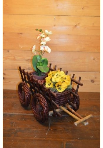 Aanhanger tractor  met 2 plantenbakjes