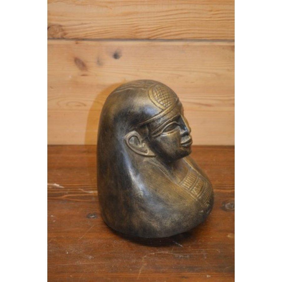 Egyptisch hoofd-2