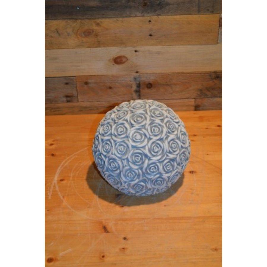 Rozenbol ornament-1