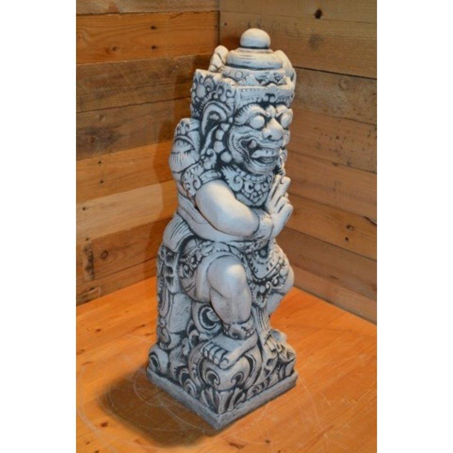 Balinese tempelwachter van het hindoeïsme-2
