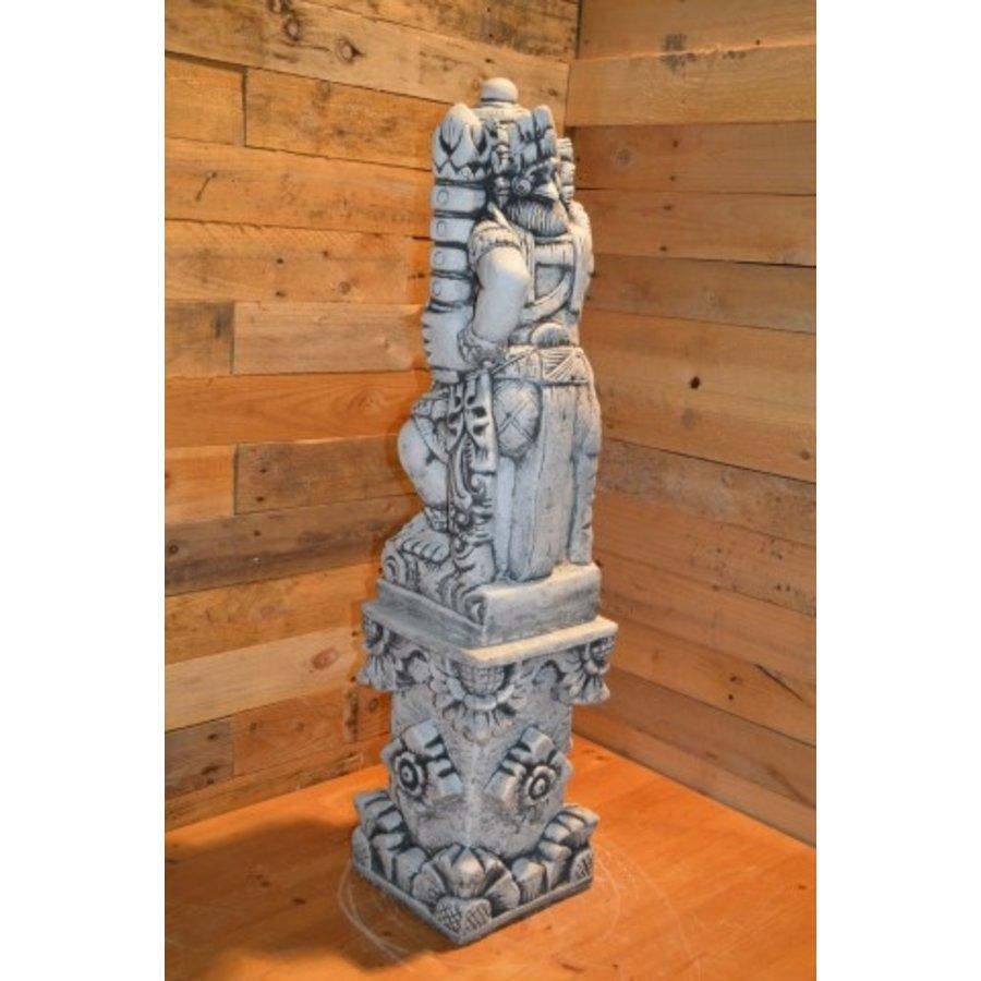 Balinese tempelwachter rechts kijkend + pilaar-4