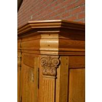 thumb-Kasteel dressoir robuust ambachtelijk met houtsnijwerk-3