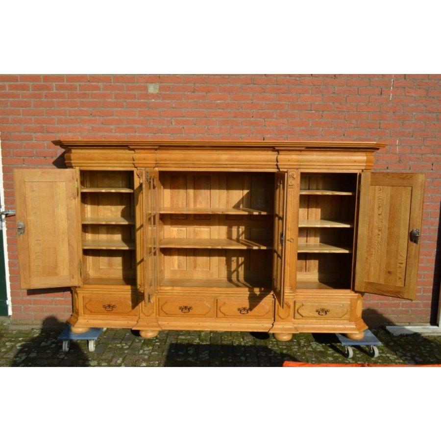 Kasteel dressoir robuust ambachtelijk met houtsnijwerk-5