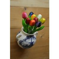 thumb-Hollands hangvaasje met houten tulpen-1