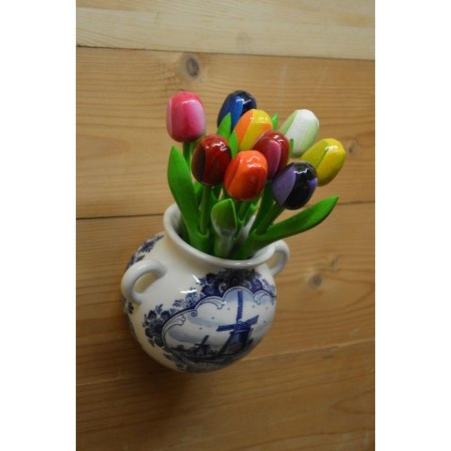 Hollands hangvaasje met houten tulpen-1