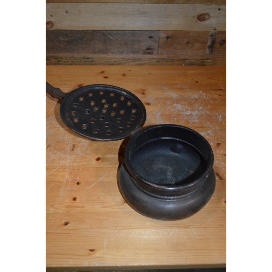 Bedden pan van vroeger met eiken steel en koperen pan-3