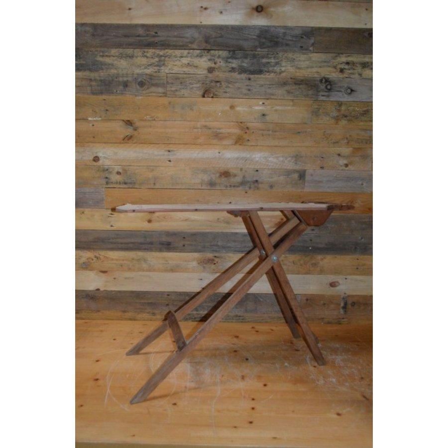 Ouderwets kinder strijkplankje van hout-2