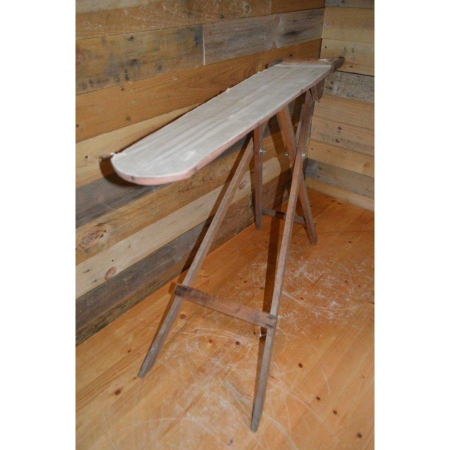 Ouderwets kinder strijkplankje van hout-3