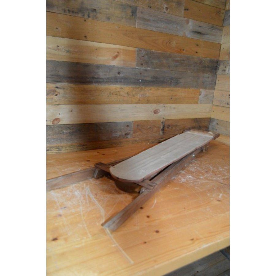 Ouderwets kinder strijkplankje van hout-5
