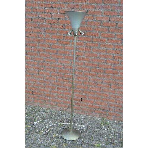 Retro design staande vloerlamp metaal