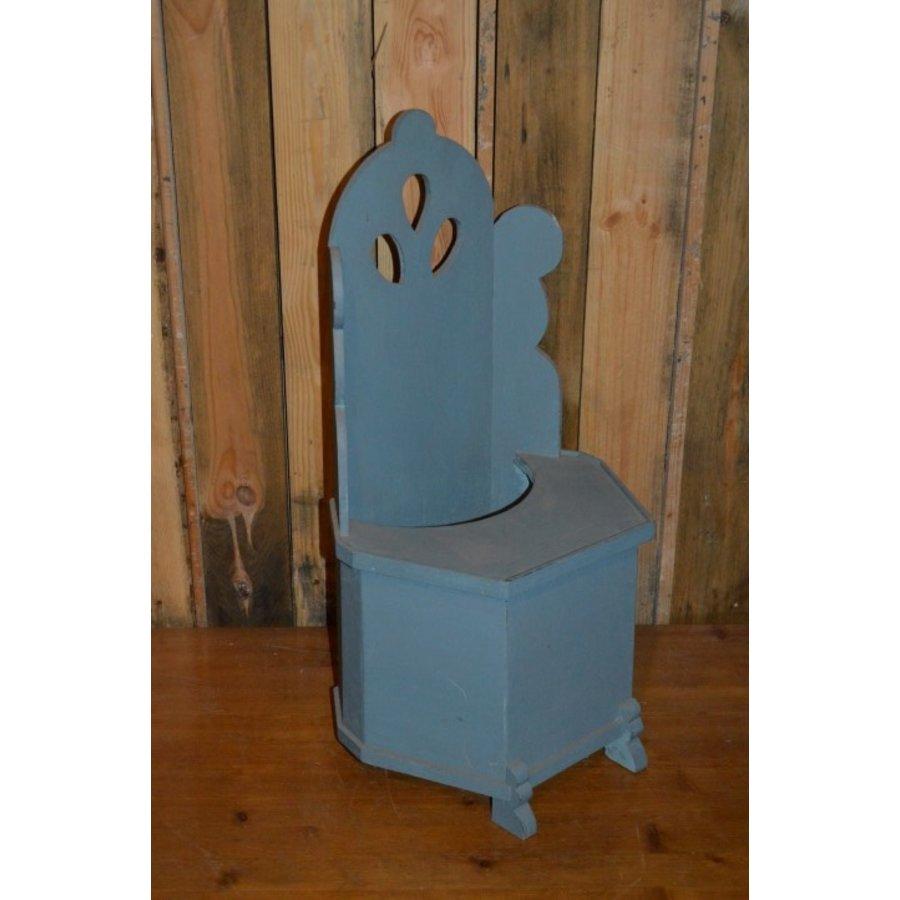 Hindeloopen model stoeltje met wieltjes voor poppen-1