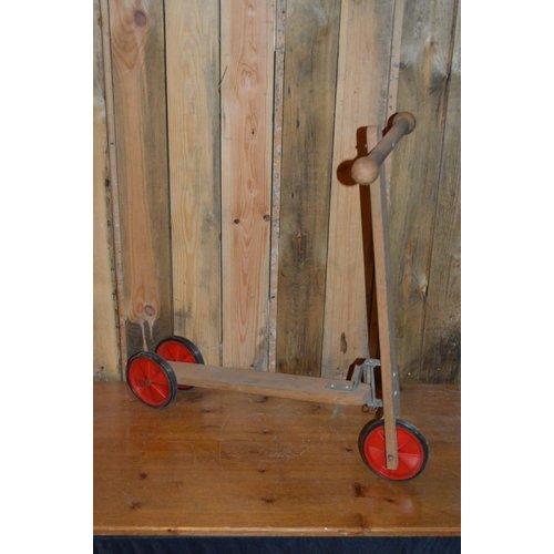 Vintage houten kinder stepje