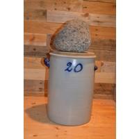 thumb-Zuurkool pot met steen en houten plank voor decoratie-1