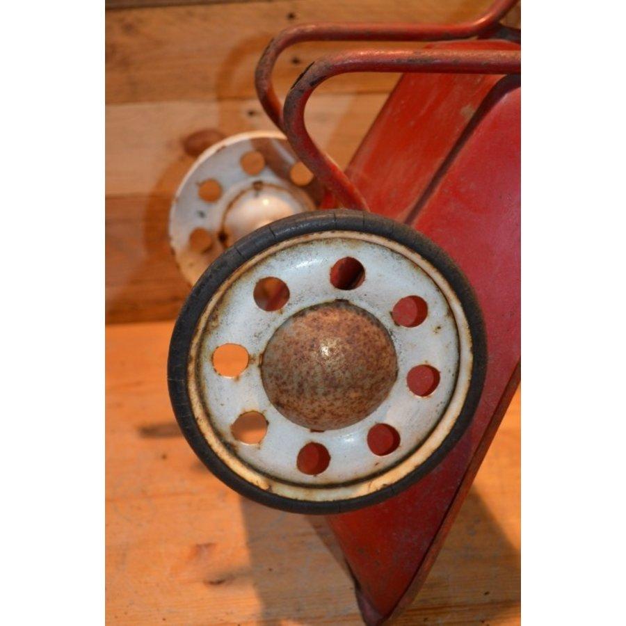 Vintage oude metalen kinderspeelgoed kruiwagen-6