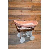 thumb-Baby  wiegje op wielen wilgentenen met hout brocante-2