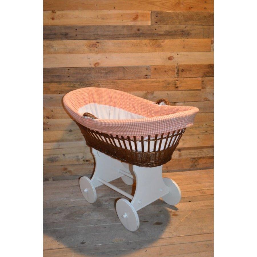 Baby  wiegje op wielen wilgentenen met hout brocante-3