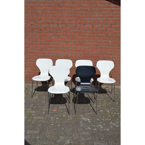 Danerka design stoelen set van 6 in 2 kleuren