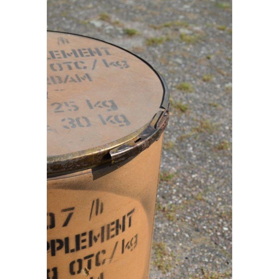 Brocante feed suplement transport ton van Nutrivit-2