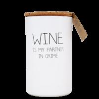 Soja kaars - Wine is my partner in crime