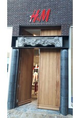 Verlichting H&M logo