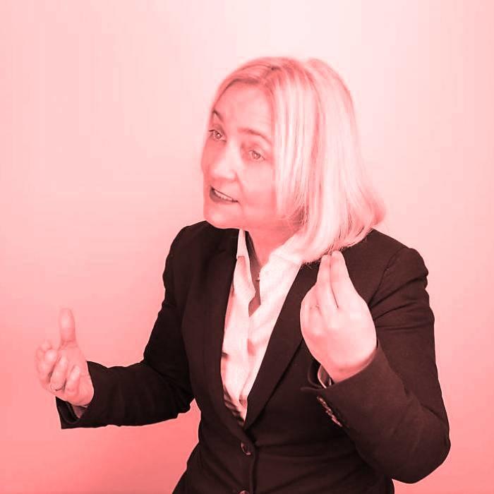 Dr. Sonja Radatz gegen Olaf Hinz
