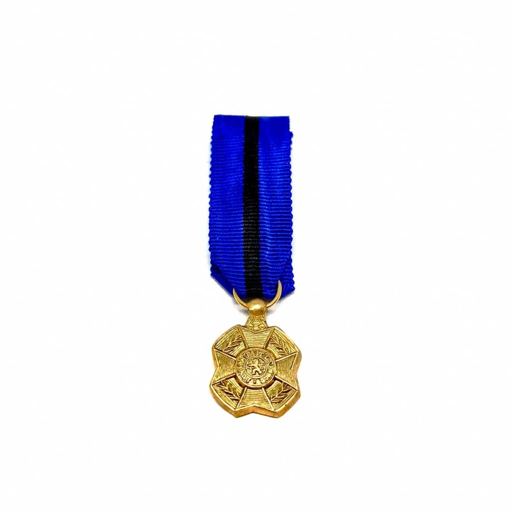 Golden medal of the Order of Leopold II