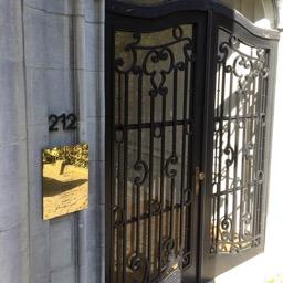 Naamplaat messing ambassade