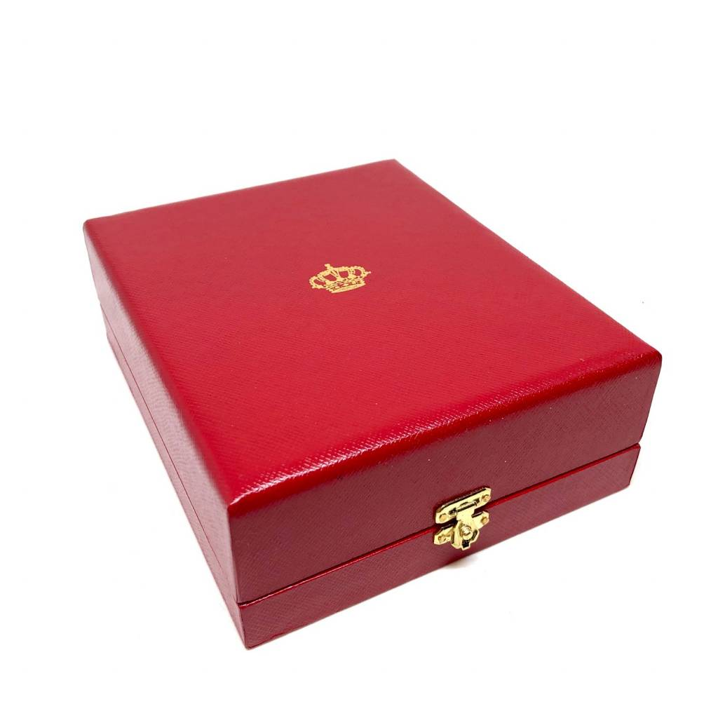Luxury box for Grand Officer in the Order of the Crown