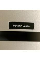Naamplaatje in zwarte kunststof voor brievenbus, bel of lift