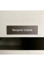 Naamplaatje in zwart aluminium voor brievenbus, bel of lift