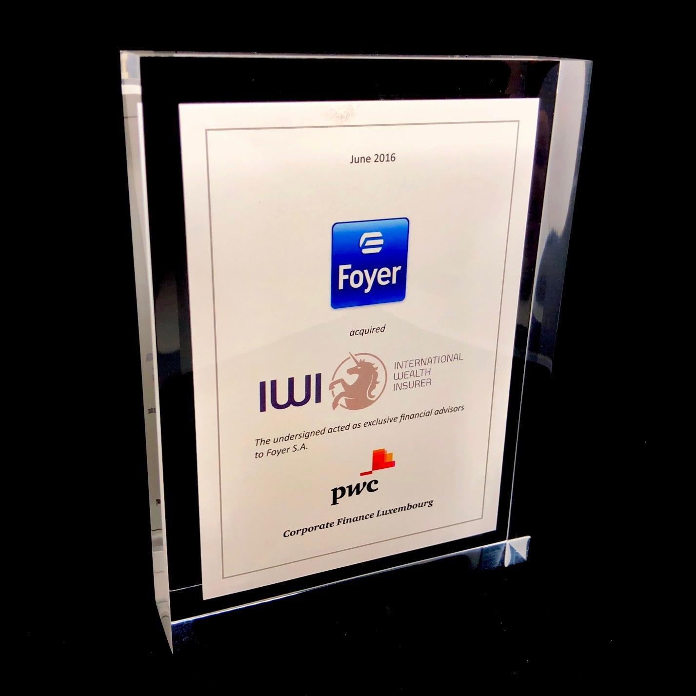 Plexi award - tombstone (200 x 200 x 24 mm)